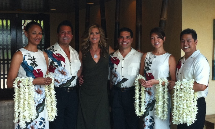 Oasis World Estate ~ Kathy Ireland & Leis Of Hawaii ~ Hawaiian Weddings